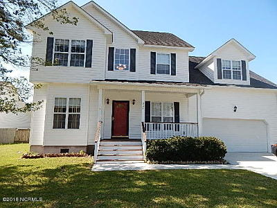 Holly Ridge, Sneads Ferry, Surf City, Topsail Beach Rental For Rent: 221 Derby Downs Drive