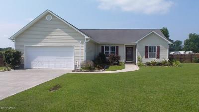 Richlands Single Family Home For Sale: 108 Harmony Way