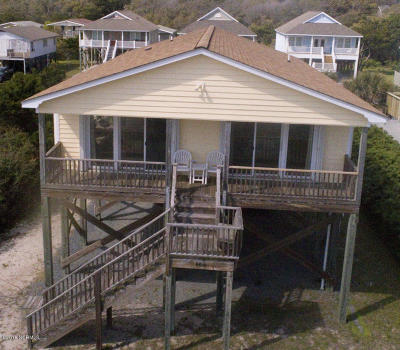 Oak Island Single Family Home For Sale: 4016 E Beach Drive