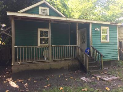 Wilmington Single Family Home For Sale: 619 Fullwood Street