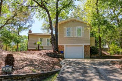 Pine Knoll Shores Single Family Home For Sale: 106 Pecan Court