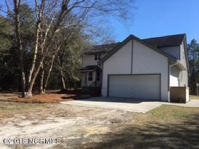 Hubert Single Family Home For Sale: 108 Beaver Trail
