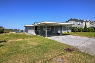 Atlantic Beach Single Family Home For Sale: 201 Pond Drive