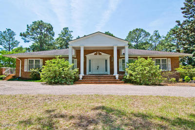 Cape Carteret Single Family Home For Sale: 101 Fairway Lane