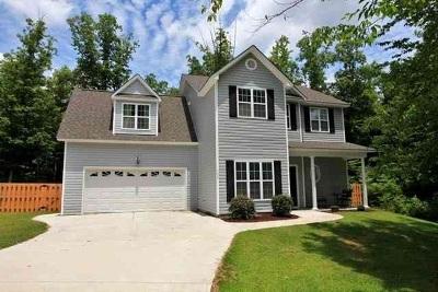Jacksonville Single Family Home For Sale: 103 Spring Leaf Lane