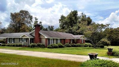 Whiteville Single Family Home For Sale: 2179 Clarendon Chadbourn Road