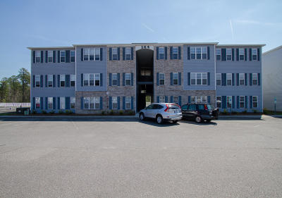 Holly Ridge Condo/Townhouse For Sale: 144 N Hines Street #F