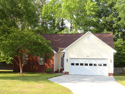 New Bern NC Single Family Home For Sale: $152,000