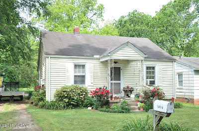 Single Family Home Sold: 1404 Weldon Avenue