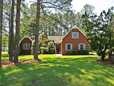 New Bern Single Family Home For Sale: 225 Pinewood Drive