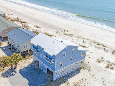 Oak Island Single Family Home For Sale: 113 E Beach Drive