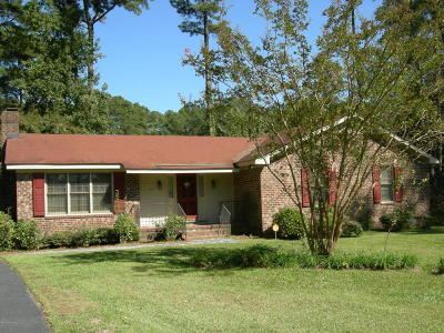 Single Family Home Sold: 817 Evergreen Road