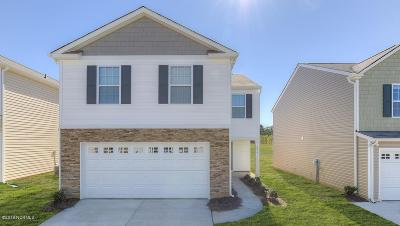 Rocky Mount Single Family Home For Sale: 409 Golden Villas Drive
