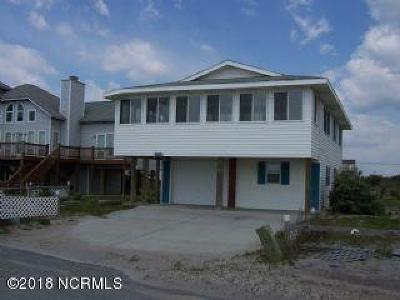 North Topsail Beach, Surf City, Topsail Beach Single Family Home For Sale: 563 Ocean Drive