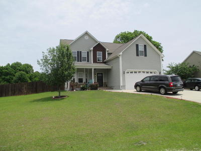 Onslow County Single Family Home For Sale: 108 Lewis Humphrey Lane