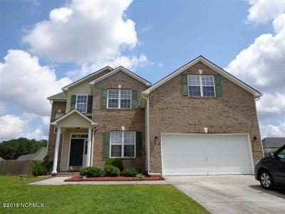 Jacksonville Single Family Home For Sale: 228 Stagecoach Drive