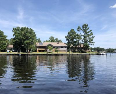 New Bern NC Single Family Home For Sale: $330,000