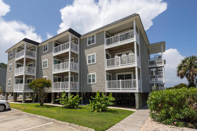 Oak Island Condo/Townhouse For Sale: 5400 E Yacht Drive #C9