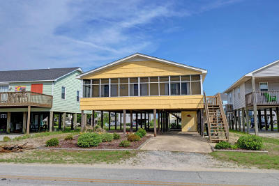 North Topsail Beach, Surf City, Topsail Beach Single Family Home For Sale: 1024 Ocean Boulevard
