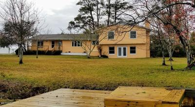 Morehead City Single Family Home For Sale: 111 Mansfield Parkway
