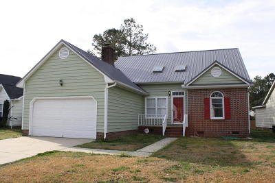 Jacksonville Single Family Home For Sale: 413 Joy Court