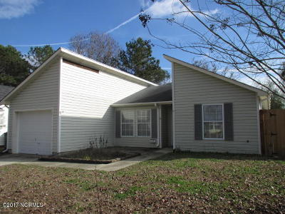 Onslow County Single Family Home For Sale: 3020 Steeple Chase Court