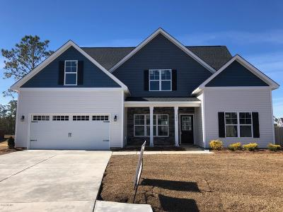 Onslow County Single Family Home For Sale: 302 Arrington Court