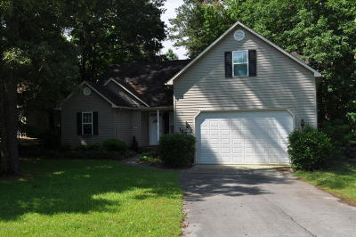 Onslow County Single Family Home For Sale: 127 Dockside Drive