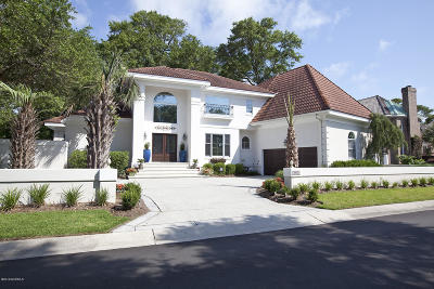 Wilmington Single Family Home For Sale: 1612 Landfall Drive