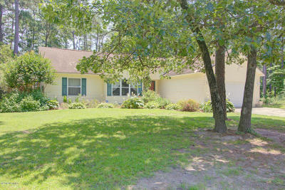 Southport NC Single Family Home For Sale: $337,900