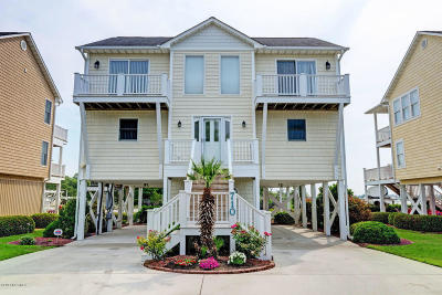 Surf City Single Family Home For Sale: 710 Roland Avenue