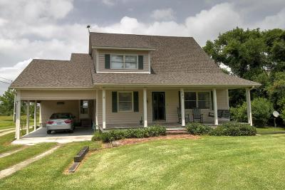 Harkers Island Single Family Home For Sale: 585 Bayview Drive