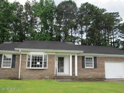 Onslow County Single Family Home Active Contingent: 111 Ronny Court