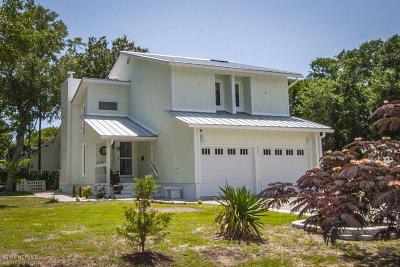 Oak Island NC Single Family Home For Sale: $439,000
