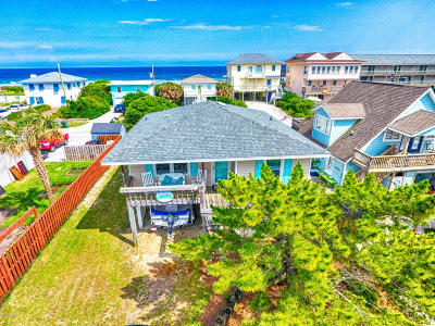 North Topsail Beach, Surf City, Topsail Beach Single Family Home For Sale: 705 S Anderson Boulevard