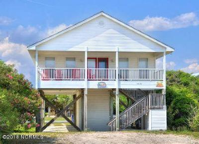 Oak Island Single Family Home For Sale: 1624 E Beach Drive