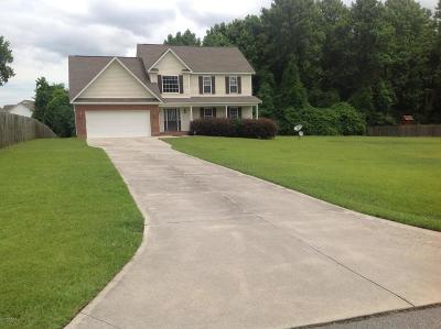 Jacksonville Single Family Home For Sale: 103 Stump Grove Court