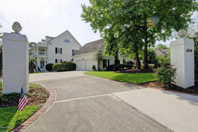 Wilmington Single Family Home For Sale: 1004 Deepwood Place