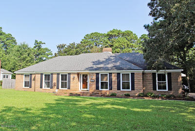 Morehead City Single Family Home For Sale: 3204 Country Club Road