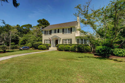 Wilmington Single Family Home For Sale: 803 Colonial Drive