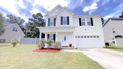 Richlands Single Family Home For Sale: 116 Brookhaven Drive