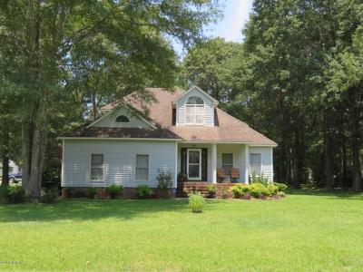 New Bern Single Family Home For Sale: 559 Deer Run Road