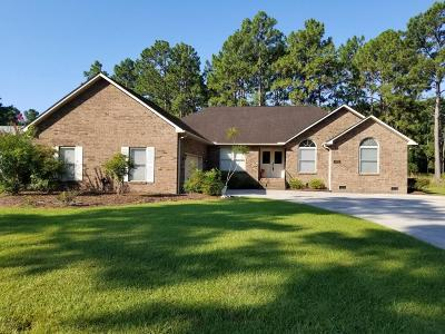Shallotte Single Family Home For Sale: 45 Country Club Drive