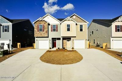 Holly Ridge Condo/Townhouse For Sale: 626 Winfall Drive