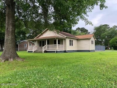 Onslow County Single Family Home For Sale: 105 Wilson Avenue