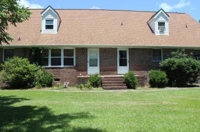 Oriental Single Family Home For Sale: 102 Apple Lane