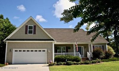 Hampstead Single Family Home For Sale: 790 Country Club Drive