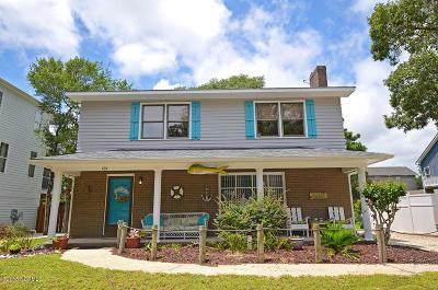Oak Island Single Family Home For Sale: 101 SE 42nd Street