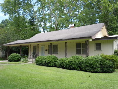 Tabor City Single Family Home For Sale: 109 E Bell Street