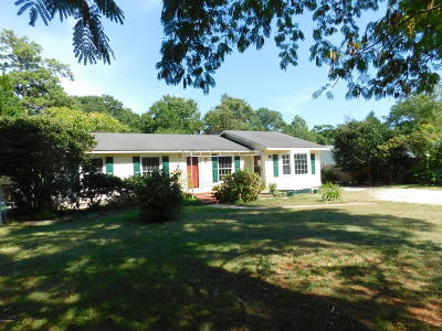 Cape Carteret NC Single Family Home For Sale: $198,000